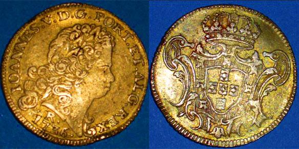 Quadruple Escudo en or trouvé au detecteur de métaux en Martinique