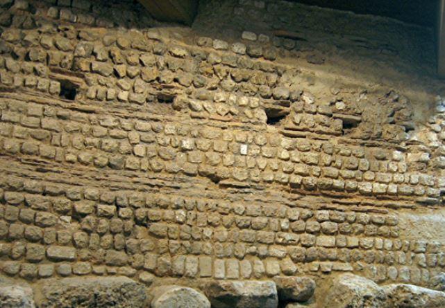 Aulerques Eburovices mur enceinte d'evreux